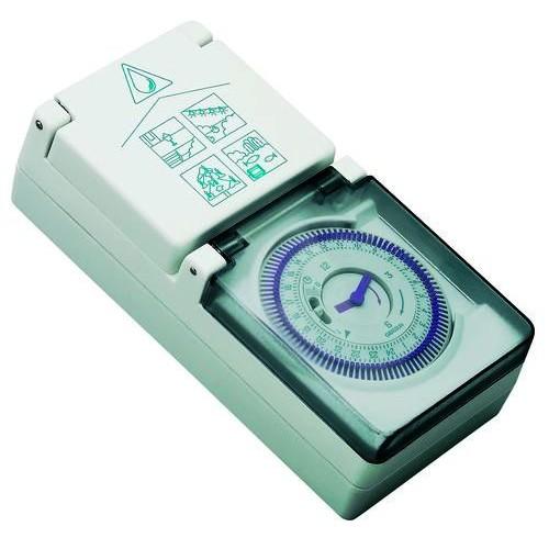 Zeitschaltuhr für Steckdose, z.B. für Brauchwasserpumpe, Zirkulationspumpe usw.